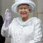 saluto regina elisabetta